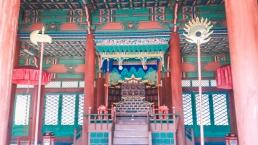 Gyeonghuigung Sungjeongjeon trône