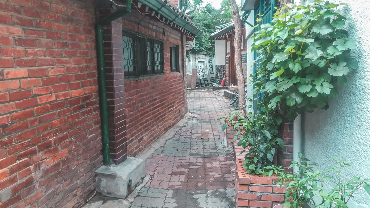 Une ruelle au Bukchon Hanok Village