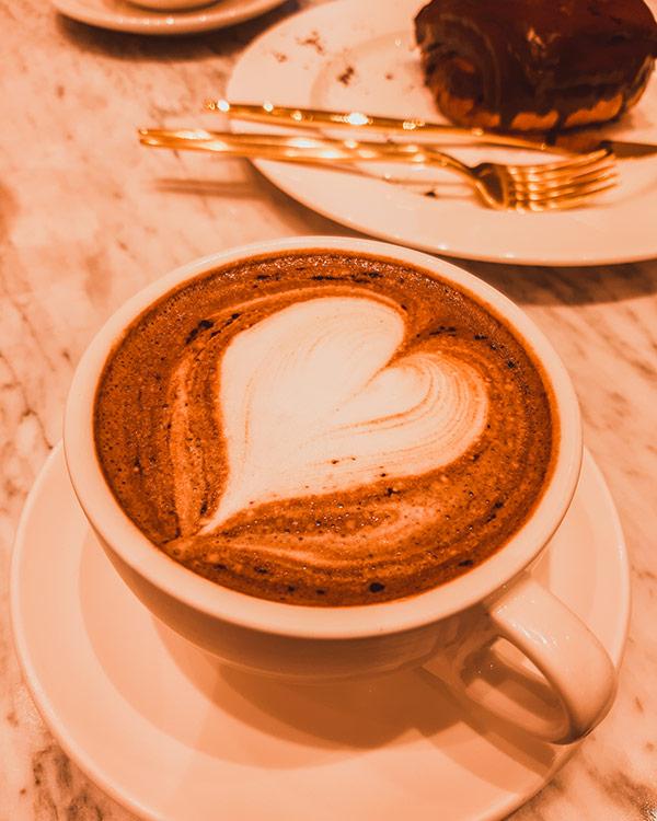 Chocolat au lait au café Stylenanda Pink Pool