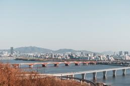 Vue de Hangang depuis le Haneul Park