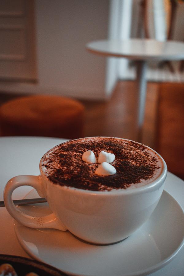 Milk Chocolate à We plant We coffee